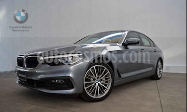 BMW Serie 5 4p 530iA Sport Line L4/2.0/T Aut usado (2019) color Gris precio $850,000