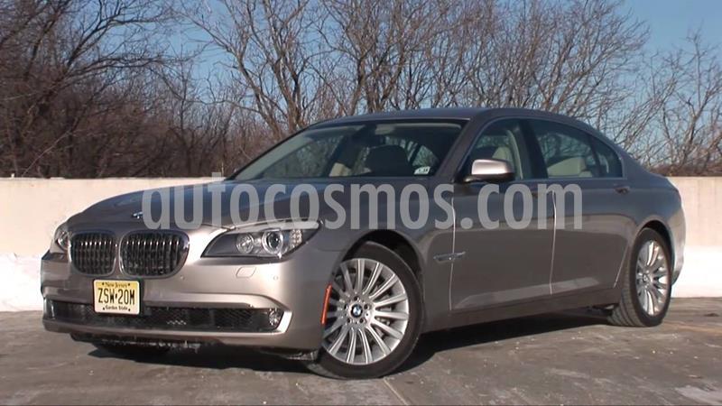 BMW Serie 7 750iA usado (2011) color Plata Titanium precio $355,000