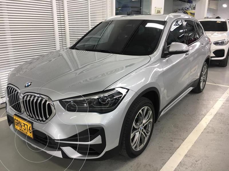Foto BMW X1 xDrive 18i xLine  usado (2020) color Plata precio $119.900.000
