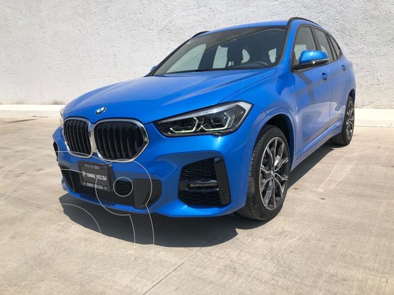 Foto BMW X1 sDrive 20iA X Line usado (2021) color Azul precio $810,500