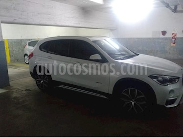 Foto BMW X1 xDrive 25i xLine usado (2017) color Blanco precio u$s49.000