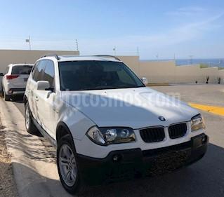 Foto BMW X3 2.5i Lujo usado (2006) color Blanco precio $130,000