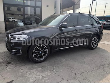 Foto venta Auto Seminuevo BMW X5 xDrive35iA Excellence (2016) color Gris precio $555,000