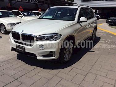 Foto BMW X5 xDrive35iA usado (2016) color Blanco precio $520,000