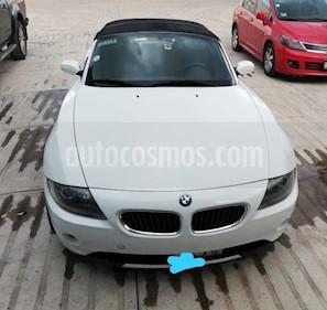 Foto BMW Z4 2.5iA Roadster usado (2005) color Blanco precio $188,000