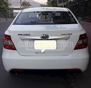 Brilliance H230 1.5L Comfortable usado (2018) color Blanco precio $5.000.000