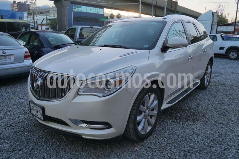 Buick Enclave 3.6L  usado (2014) color Blanco precio $315,000