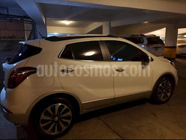Buick Encore CXL Premium usado (2017) color Blanco Platinado precio $300,000
