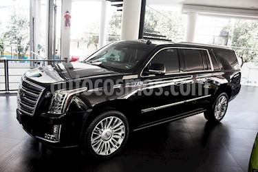 Cadillac Escalade ESV Premium 8 Pasajeros usado (2017) color Negro precio $1,100,000
