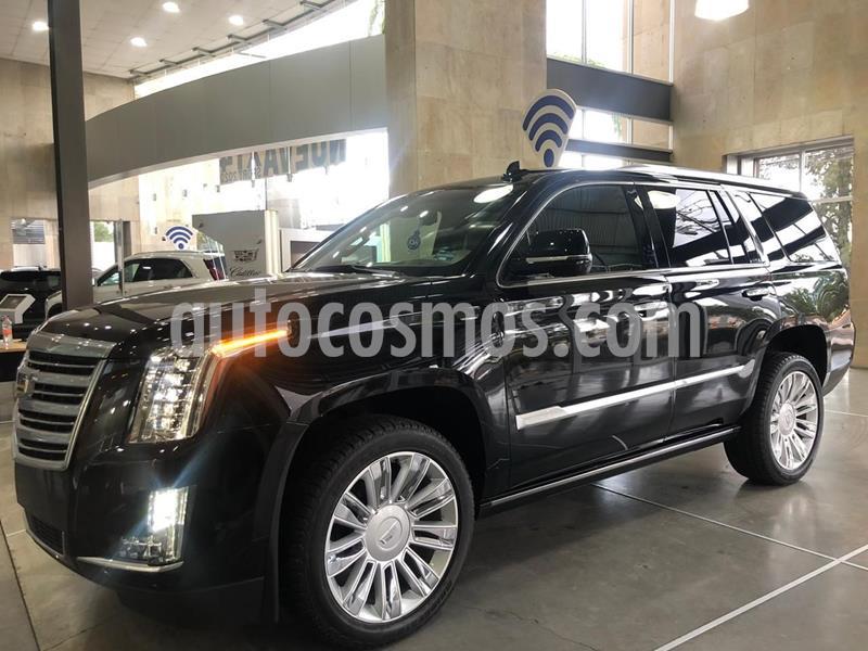 Cadillac Escalade ESV Platinum usado (2017) color Negro precio $910,328