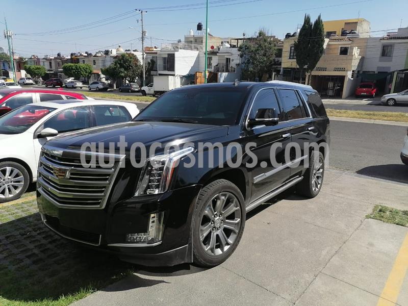 Cadillac Escalade ESV Premium 8 Pasajeros usado (2016) color Negro precio $1,780,000