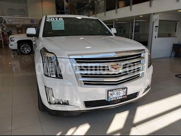 Foto venta Auto usado Cadillac Escalade ESV Platinum (2016) color Blanco Diamante precio $1,050,000
