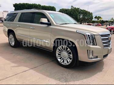 Foto venta Auto usado Cadillac Escalade 4x4 Platinum (2017) color Champagne precio $1,450,000