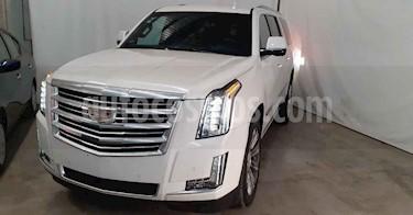 Cadillac Escalade 5p ESV Platinum P V8/6.2 Aut usado (2019) color Blanco precio $1,279,000