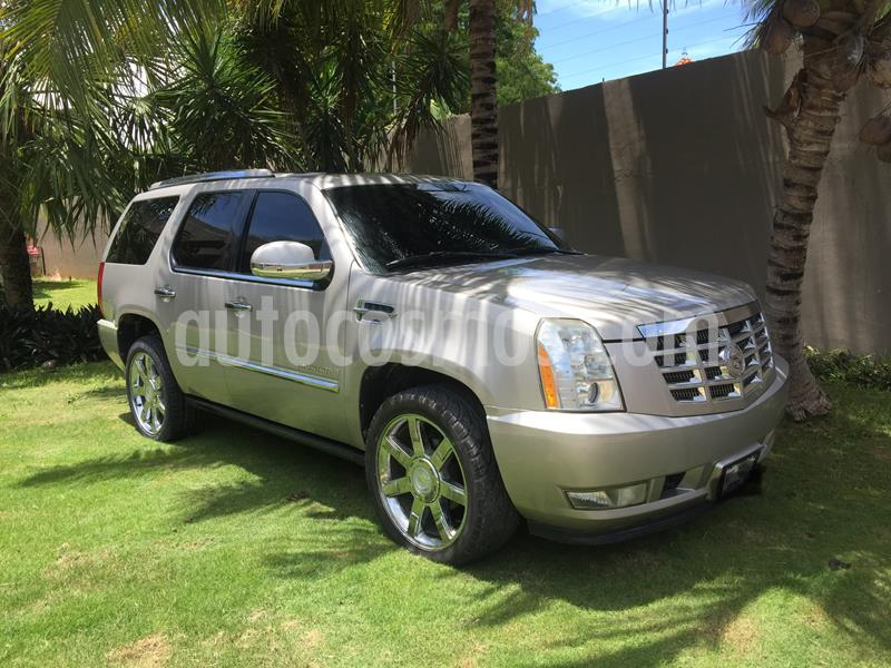 Cadillac Escalade Paq B 4x4 Lujo usado (2008) color Champagne precio $220,000
