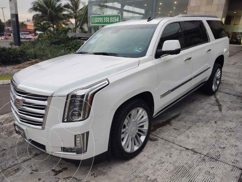 Foto Cadillac Escalade Paq P 4x4 Platinum usado (2017) color Blanco precio $899,000