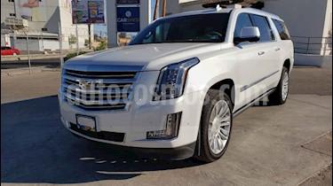 Foto venta Auto usado Cadillac Escalade Paq P 4x4 Platinum (2019) color Blanco precio $1,349,000