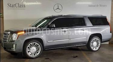 Foto Cadillac Escalade Paq P 4x4 Platinum usado (2018) color Gris precio $1,269,000