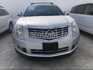 Foto venta Auto Seminuevo Cadillac SRX FWD PAQ B (2015) color Plata precio $375,000