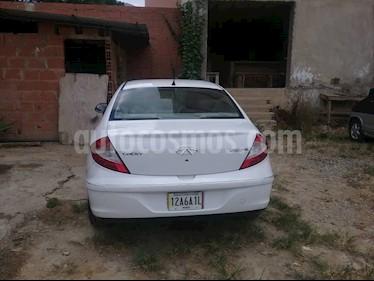 Foto venta carro usado Chery Orinoco 1.8L (2017) color Blanco precio BoF4.500