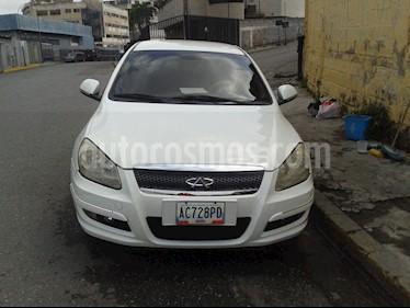 Foto venta carro usado Chery Orinoco 1.8L (2012) color Blanco precio u$s2.900