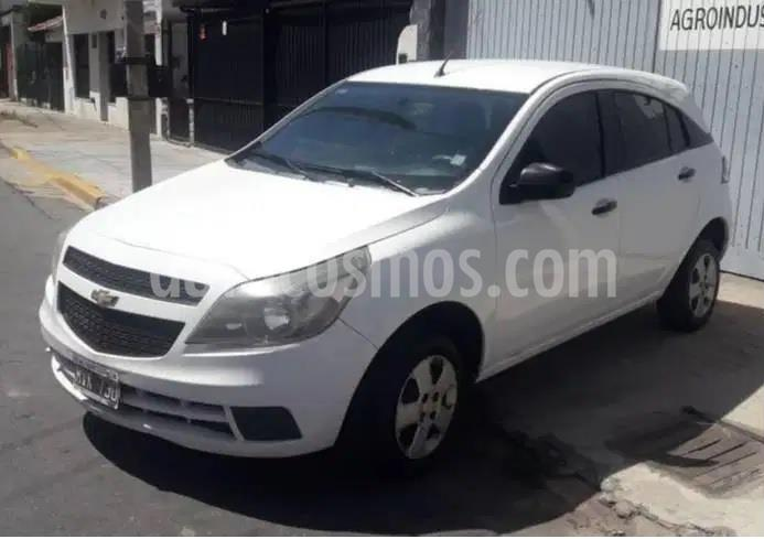 Chevrolet Agile LS Spirit usado (2013) color Blanco Summit precio $490.000