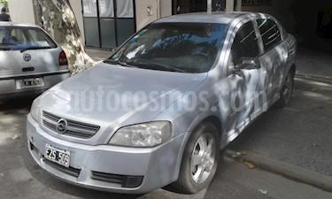 Foto venta Auto usado Chevrolet Astra - (2005) color Gris precio $95.000
