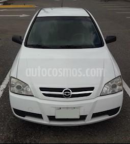 Foto venta Auto Seminuevo Chevrolet Astra 4P 2.0L Basico B (2006) color Blanco precio $42,000