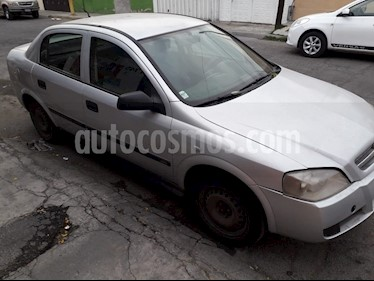 Foto Chevrolet Astra 5P 2.0L Basico B usado (2005) color Plata precio $50,000