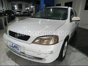 Foto Chevrolet Astra GLS 2.0 4P usado (2000) color Blanco precio $158.000
