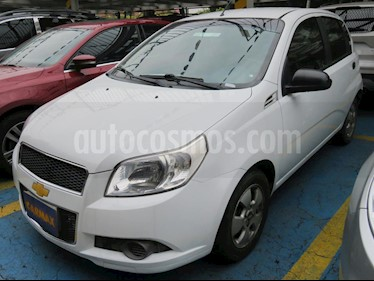 foto Chevrolet Aveo Emotion 4P 1.6L Ac Aut usado (2017) color Blanco precio $24.900.000