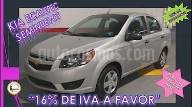 Foto venta Auto usado Chevrolet Aveo 4p LS L4/1.6 Aut (2017) color Plata precio $139,000