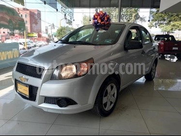Foto Chevrolet Aveo 4P LS TA A/AC CD R-14 usado (2014) color Plata precio $98,000