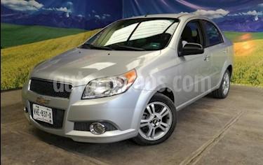 Foto Chevrolet Aveo 4P LS TA A/AC CD R-14 usado (2014) color Plata precio $116,000