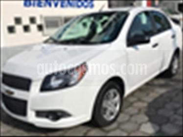 Foto Chevrolet Aveo 4P LT L4/1.6 AUT usado (2017) color Blanco precio $145,500