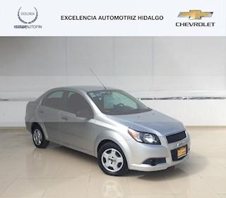 Chevrolet Aveo LS Aut usado (2015) color Plata Brillante precio $158,000