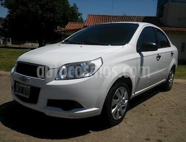Foto Chevrolet Aveo LS usado (2013) color Blanco precio $320.000