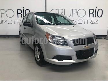 Foto venta Auto usado Chevrolet Aveo LS (2016) color Plata precio $128,000