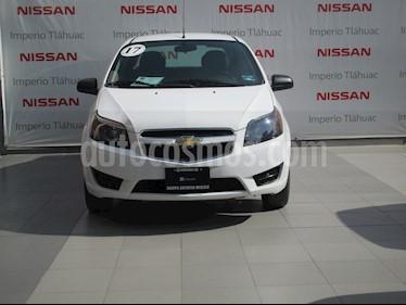 Foto venta Auto Seminuevo Chevrolet Aveo LS (2017) color Blanco precio $142,000