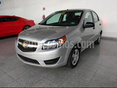 Foto venta Auto usado Chevrolet Aveo LS (2018) color Plata precio $185,000