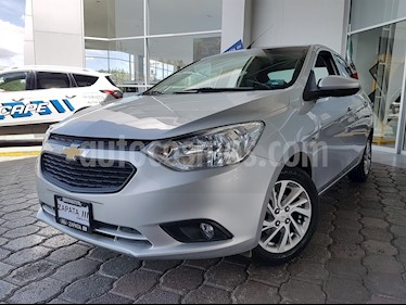 Foto Chevrolet Aveo LT usado (2018) color Plata Brillante precio $189,000
