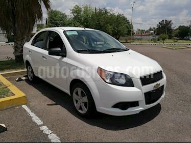 Foto venta Auto usado Chevrolet Aveo LT (2016) color Blanco precio $117,500