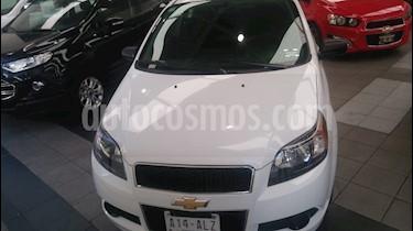 Foto venta Auto usado Chevrolet Aveo LT (2017) color Blanco precio $165,000