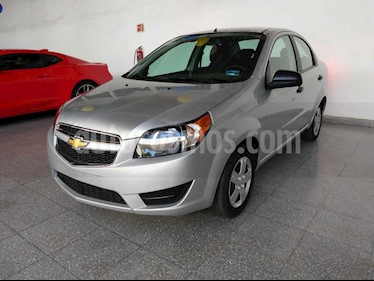 Foto venta Auto usado Chevrolet Aveo LT (2018) color Plata precio $177,000