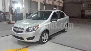 Foto venta Auto usado Chevrolet Aveo LT (2017) color Plata precio $132,000