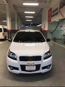 Foto venta Auto Seminuevo Chevrolet Aveo LT (2015) color Blanco precio $115,000