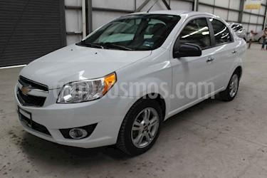 Foto Chevrolet Aveo LTZ Aut usado (2018) color Blanco precio $144,900