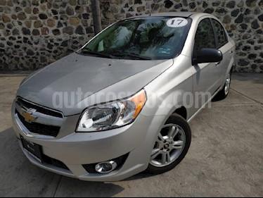 Foto venta Auto Seminuevo Chevrolet Aveo LTZ Aut (2017) color Plata precio $157,000