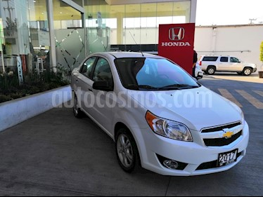 Foto venta Auto usado Chevrolet Aveo LTZ (2017) color Blanco precio $179,900