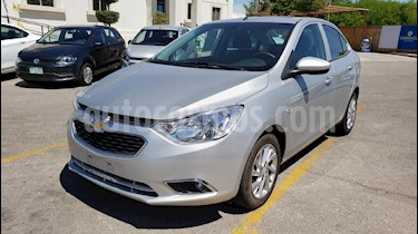 Foto venta Auto usado Chevrolet Aveo LTZ (2018) color Plata precio $177,400